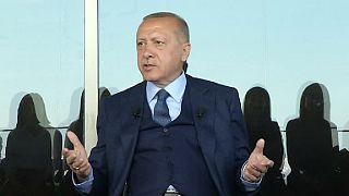 Erdogan pointe le rôle de la France dans le génocide rwandais et la guerre d'Algérie