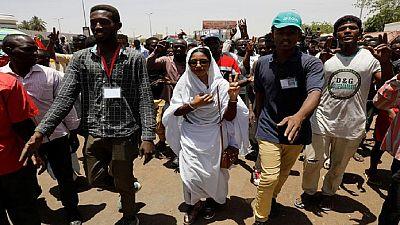 Pour la chef de file de la contestation au Soudan, la mobilisation ne doit pas faiblir