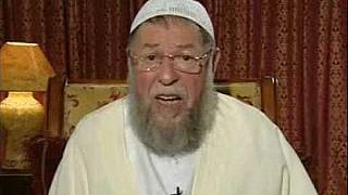 Algerian Islamist leader buried in homeland after death in exile