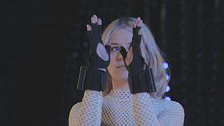 UK: Hi-tech gloves changing the electronic music scene