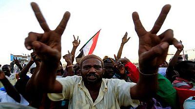 Soudan : une grande manifestation pour maintenir la pression sur les militaires