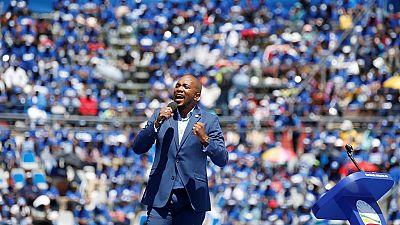 En campagne, la DA cherche à se débarrasser de son image de parti sud-africain blanc