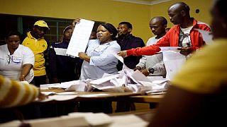 Législatives en Afrique du Sud : victoire en vue de l'ANC, mais son déclin se poursuit