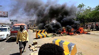 Soudan : des manifestants bloquent des routes au lendemain de heurts meurtriers