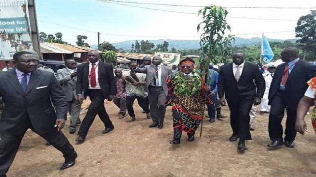 Cameroun : le Premier ministre arrive à Buea (médias)