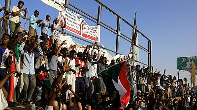 Sudan protesters warn 'confused' junta over suspension of talks