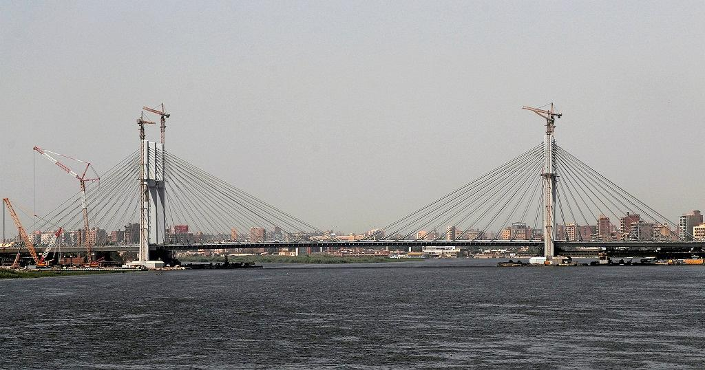 Egypt opens world's widest suspension bridge