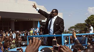 Malawi polls: Candidates welcome law banning cash handouts to voters