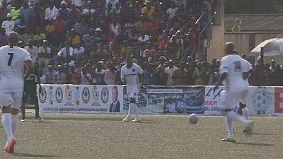 African football stars honour retiring Nigerian governor