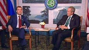 Bush and Medvedev tackle weapons worries