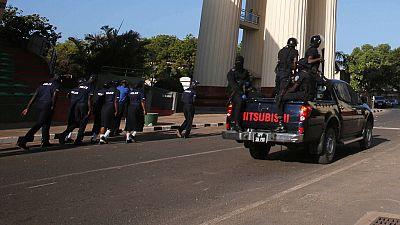 Gambie : 8 militaires condamnés pour complot contre le président Barrow
