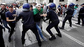 Nombreuses arrestations à Alger avant un nouveau rassemblement contre le pouvoir