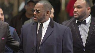 R. Kelly de nouveau accusé d'abus sexuels