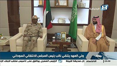 Crise au Soudan : derrière la contre-révolution, l'influence de pétromonarchies
