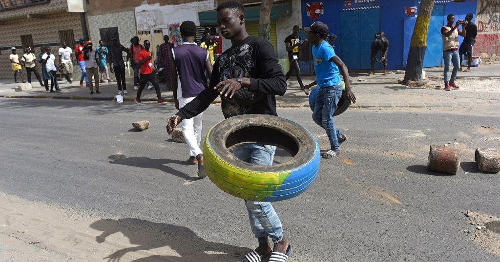 Senegal protests over fraudulent oil deals