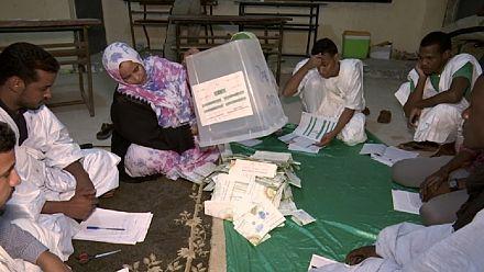 La France adoube la présidentielle mauritanienne, l'opposition maintient la pression