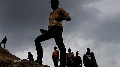 Des dizaines de mineurs clandestins meurent dans l'effondrement d'une mine en RDC