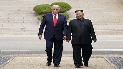 Trump écrit l'histoire avec quelques pas en Corée du Nord