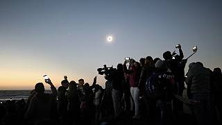 Solar Eclipse plunges northern Chile into darkness