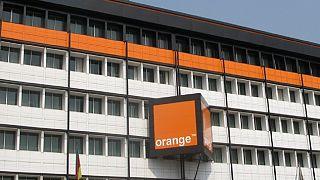 Cameroun : trois opérateurs de téléphonie mobile sanctionnés