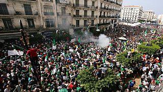 Algérie : enquête après une vidéo montrant des manifestants matraqués