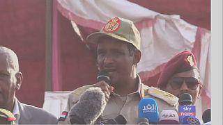 Crise au Soudan: l'armée promet de respecter l'accord