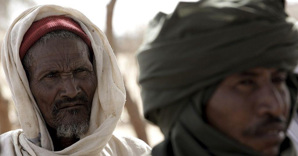 Au Soudan, les nomades du désert loin de la révolution