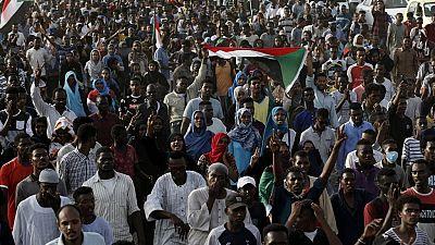 """Soudan : défilé en mémoire des """"martyrs"""" du sit-in dispersé"""