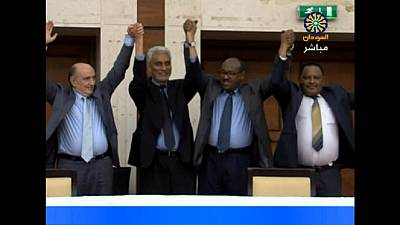 Soudan : signature d'un accord entre militaires et chefs de la contestation