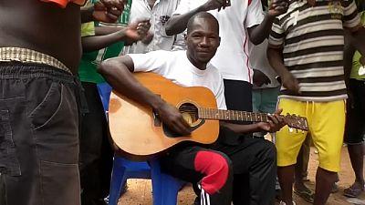 Burkina : éclosion d'un talent musical en prison