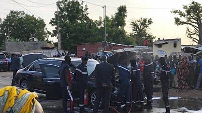 Sénégal : Macky Sall et IBK secourus d'un véhicule en feu