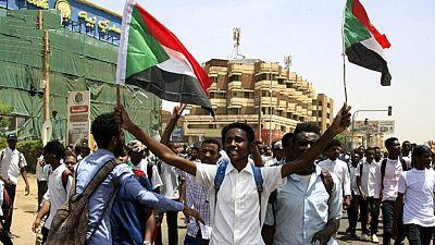 Soudan: à Khartoum, les jeunes dans la rue après la mort de cinq lycéens