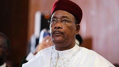 """Niger : le président Issoufou se félicite des """"succès"""" de la lutte antijihadiste au Sahel"""