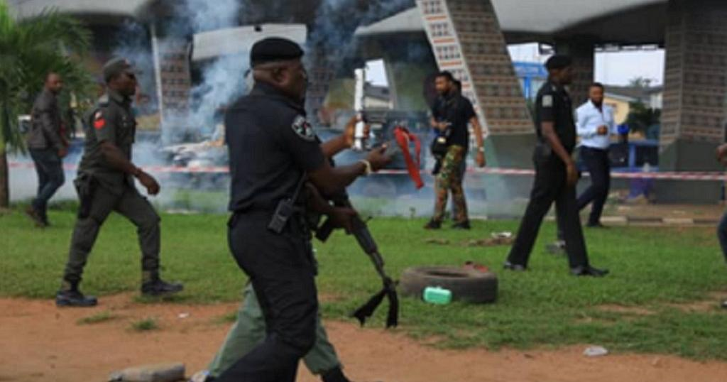 Nigeria security forces disperse 'Revolution Now' protesters