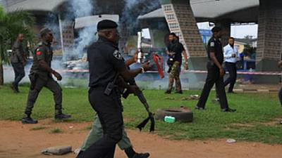 Nigeria security forces disperse 'Revolution Now' protesters in Lagos