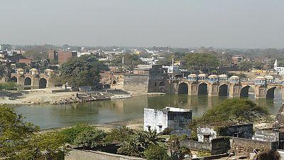 Inde: mise en jeu par son mari, une femme subit un viol collectif