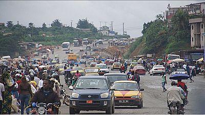 Cameroun : des embouteillages monstres rendent difficile l'accès à Douala