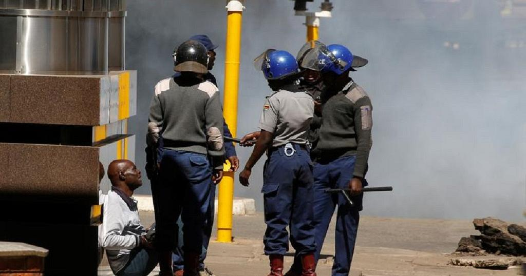 Photos: Zimbabwe riot police clamp down on Harare protesters