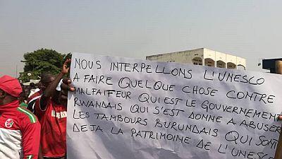 """Des Burundais manifestent contre le """"vol"""" de leur patrimoine culturel"""