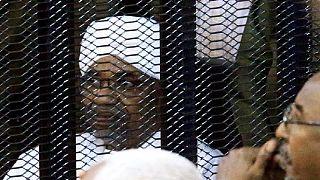 Soudan: Béchir inculpé pour possession illégale de fonds étrangers (juge )