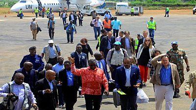 Ebola en RDC : l'ex-ministre de la santé interdit de sortir du pays