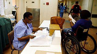 La lutte des hôpitaux du Zimbabwe face à l'héritage de Mugabe