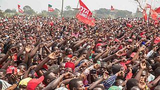 Mozambique : 10 morts après une bousculade dans un stade lors d'un meeting électoral