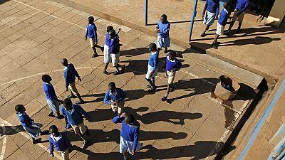 Kenya : émoi après le suicide d'une adolescente humiliée à cause de ses règles