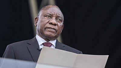 Xénophobie en Afrique du Sud : hué au Zimbabwe, le président Ramaphosa s'excuse