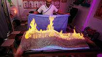 Égypte : un masseur utilise le feu pour soulager ses patients