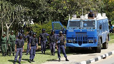 Gaz lacrymogène contre des manifestants dans le royaume d'eSwatini
