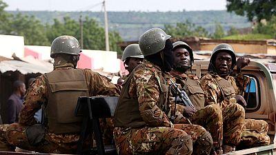 Mali : au moins 25 soldats maliens, 15 jihadistes tués lors d'intenses combats