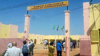 Manifestations de jeunes et de femmes à Bamako après un lourd revers militaire
