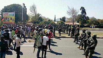 Malawi : quatre manifestants accusés d'avoir lapidé un policier